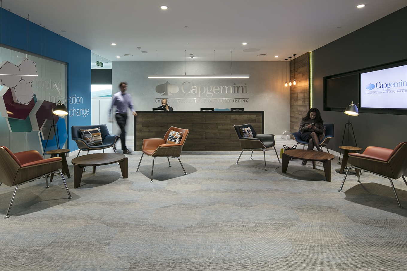 Top 5 things to consider for your office reception