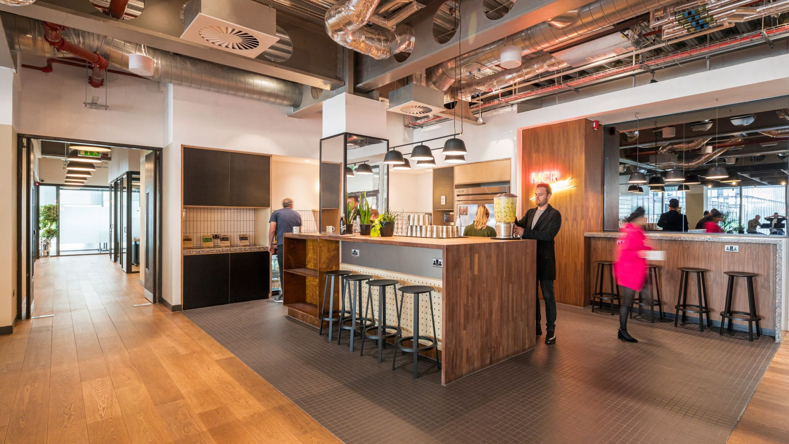 Six top tips to get the most out of youroffice social space